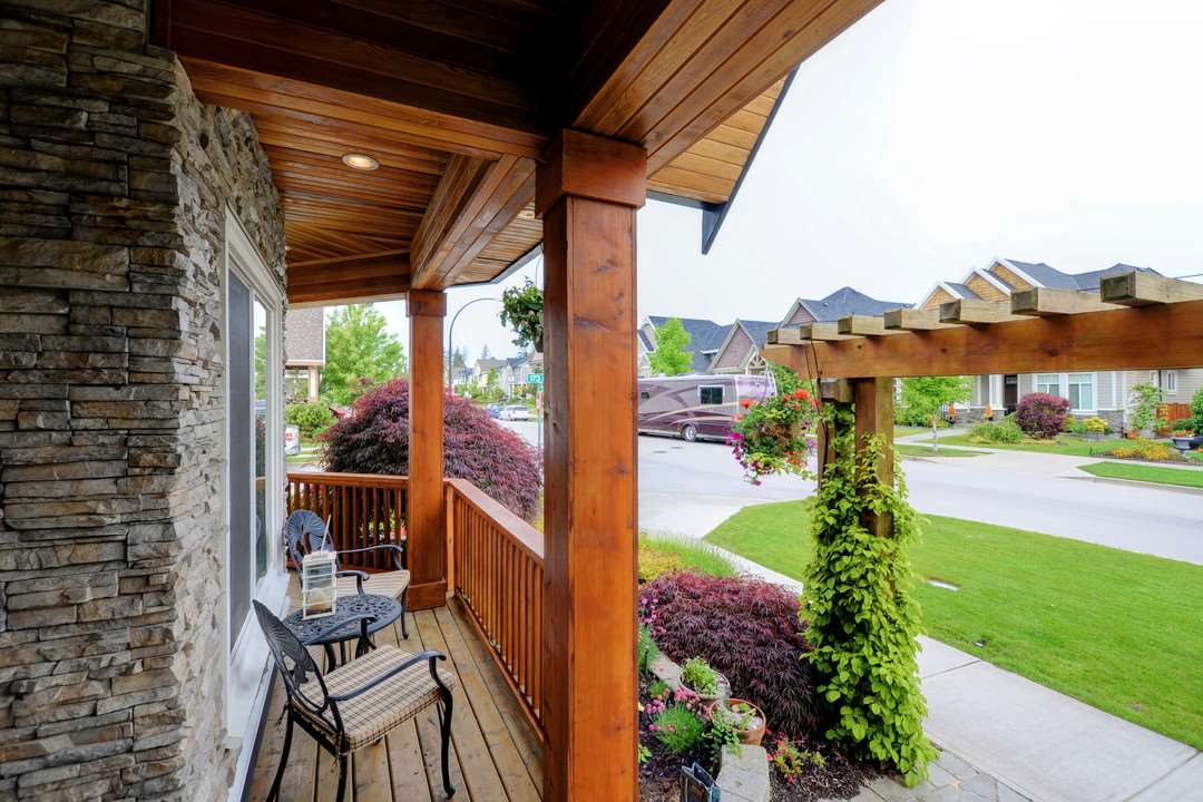 Front Porch - 17350 3A Ave