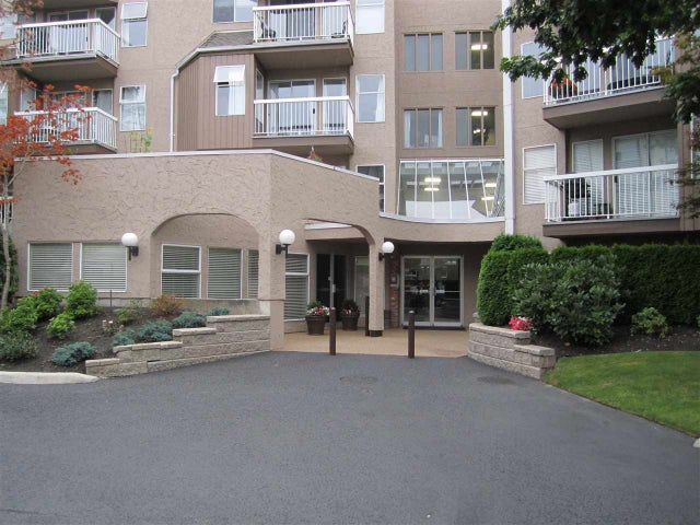 204 1860 E SOUTHMERE CRESCENT - Sunnyside Park Surrey Apartment/Condo for sale, 2 Bedrooms (R2081097) #1